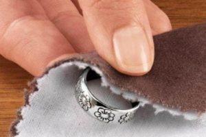 Как чистить серебро: основные способы в домашних условиях